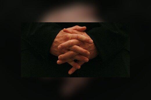 Žmogus meldžiasi
