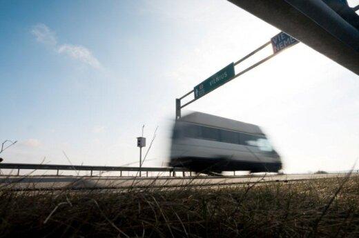 Vairuotojai automagistralėse jau gali spausti daugiau