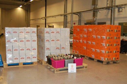 Норвегия: в литовском грузовике обнаружили 1820 литров контрабандного алкоголя