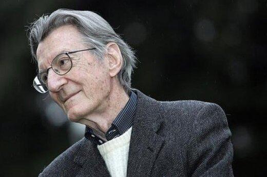 В Италии выбросился из окна кинорежиссер Карло Лидзани