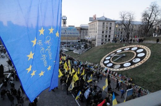 Lithuanian president to attend Maidan memorial events in Ukraine