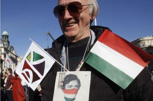 Węgry postawiły na swoim, Komisja Europejska wznawia negocjacje