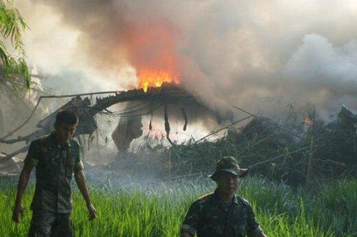 В Индонезии разбился самолет: 68 погибших