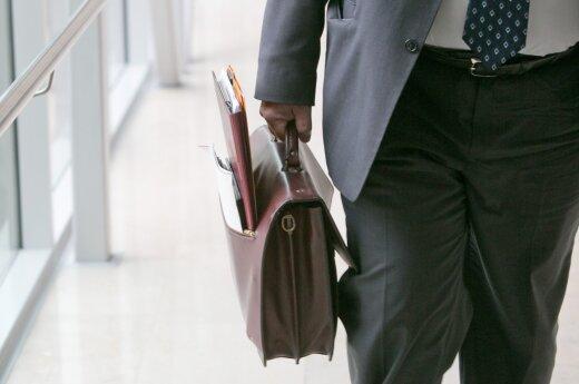 Чиновники умудряются числиться в 21 госкомпании