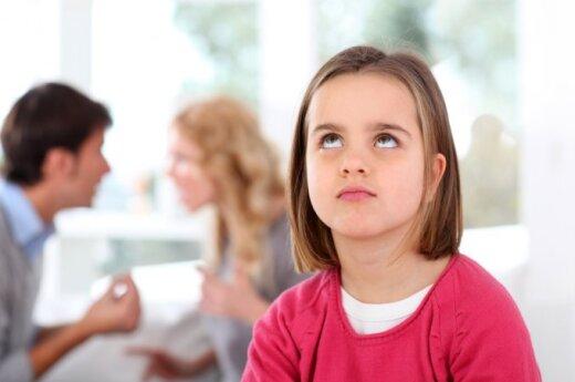 Nuomonė. Su kuo ir kur geriau gyventi, turėtų rinktis pats vaikas