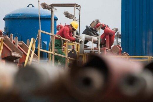 США обгоняют Россию по добыче нефти и газа