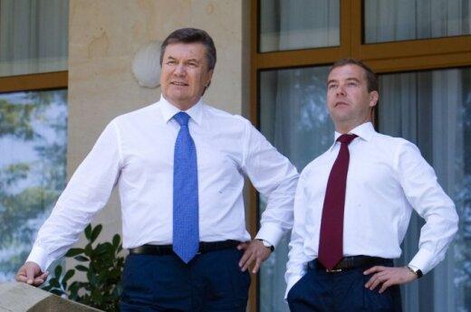 V.Janukovyčius ir D.Medvedevas