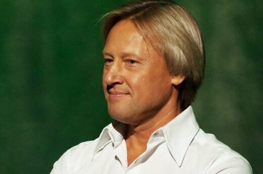 Дмитрий Харатьян отмечает 55-летие