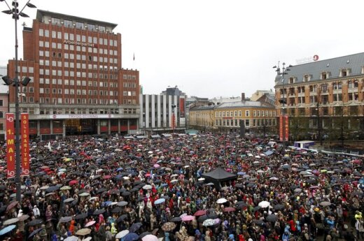 Norwegia: pierwszy protest przeciwko Breivikowi