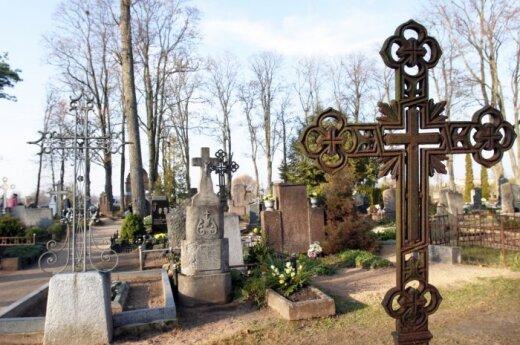 Литва по уровню смертности обходит Латвию и Эстонию