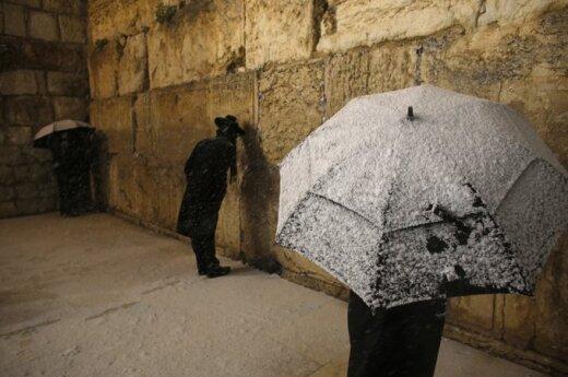 Izrael: Silne opady śniegu w Jerozolimie