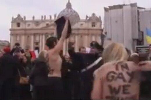 FEMEN na placu św. Piotra