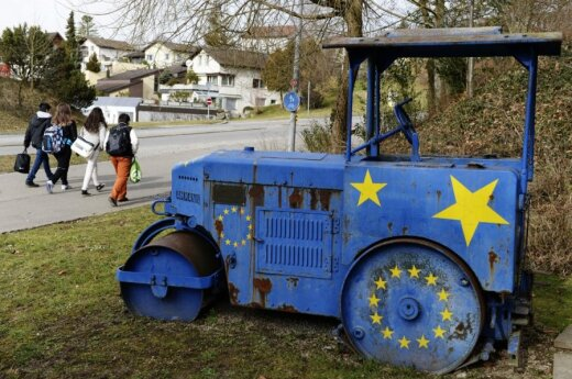 Opinion: Time for EU to review security strategy