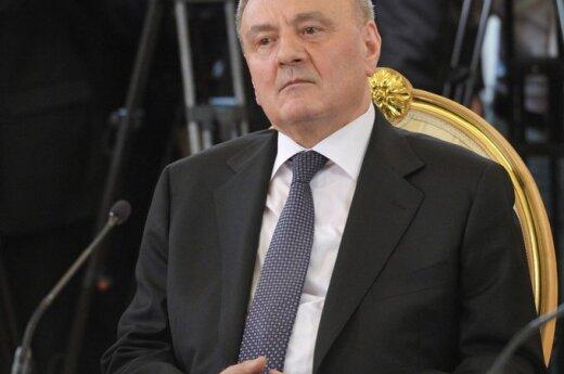 Президент Молдовы: мы должны отойти от советских символов