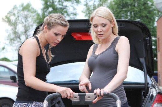 Goda Alijeva ir Natalija Bunkė
