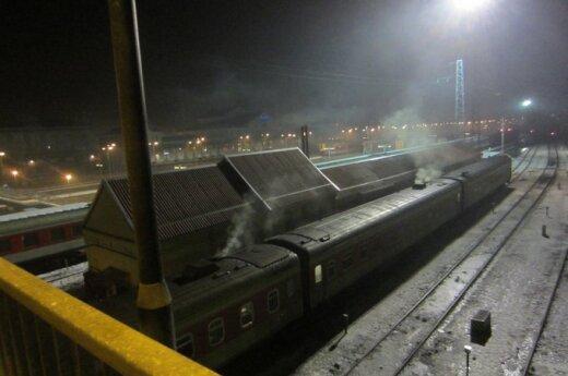 Pasipiktinęs skaitytojas: traukiniai nuodija Vilniaus orą!