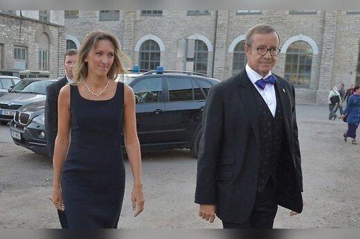 ФОТО: Президент Эстонии появился на публике с обворожительной спутницей