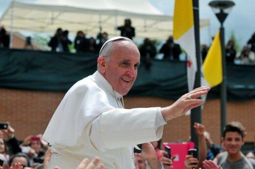 Watykan: Papież o gejowskim lobby w Kurii Rzymskiej