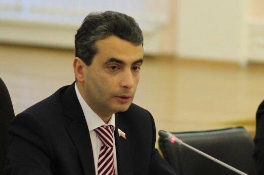 Лев Шлосберг получит первую премию фонда Бориса Немцова