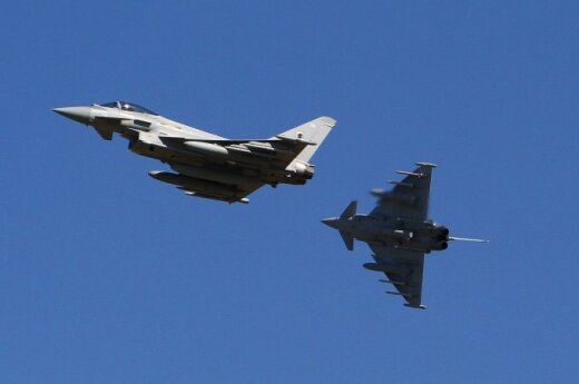Истребители НАТО поднимались из Шяуляй сопроводить разведывательный самолет РФ