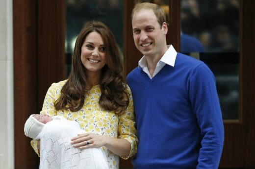 Lithuanian president congratulates UK's Queen Elizabeth II on royal baby