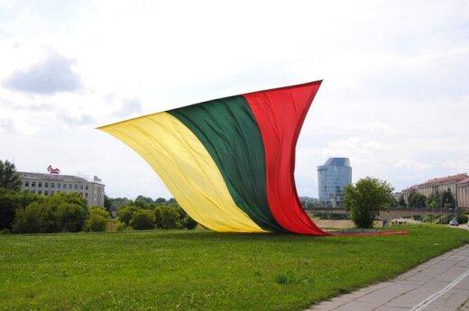 Rok 2012: Walka z emigracją i przełomowe wybory