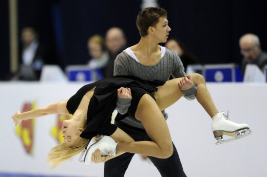 Jekaterina Bobrova ir Dmitrijus Solovjovas