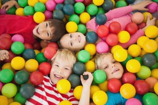 Vaikų atostogos: ar verta rinktis dienos stovyklas?