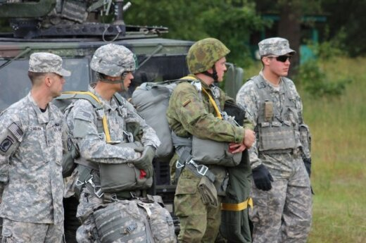 Lithuanian troops take part in exercise in western Ukraine