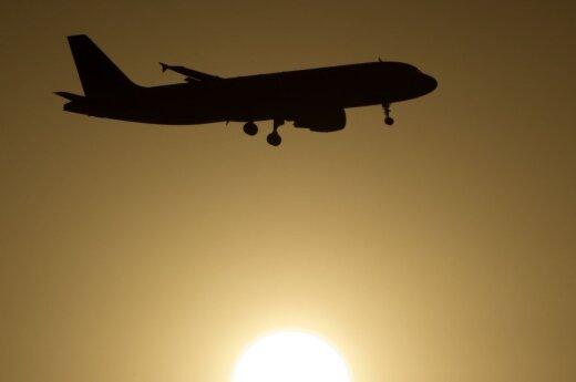 Мужчин пустили в самолет, женщину с детьми – нет