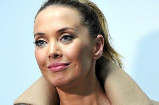 """Подруга Жанны Фриске сообщила, что певица """"чувствует себя гораздо лучше"""""""