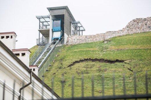 Osunięcia na górze Giedymina. Zapadają się tunele z czasów wojny