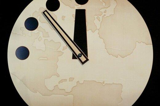 Pasaulio pabaigos laikrodis 2002 m.