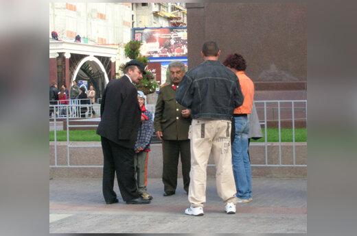 V.Lenino ir J.Stalino antrininkai