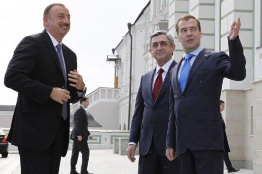 Ilhamas Alijevas, Seržas Sargsianas, Dmitrijus Medvedevas