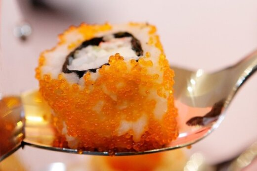 Съешь плохое суши - полезут черви через уши