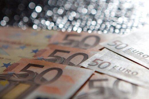 В Каунасе из салона автомобиля украли 28 000 евро