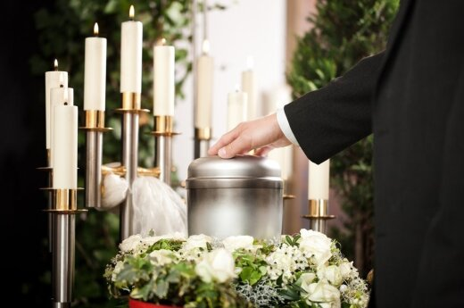 Tyrimas: kremavimas, kaip laidojimo būdas, priimtinas beveik 80 proc. šalies gyventojų