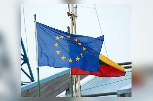 Europos Sąjungos ir Lietuvos Respublikos vėliavos
