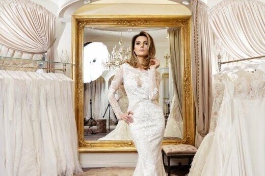 Asta Valentaitė apsivilko nuotakos suknelę