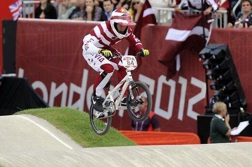 Олимпийский чемпион Штромбергс в предварительном старте — 11-й