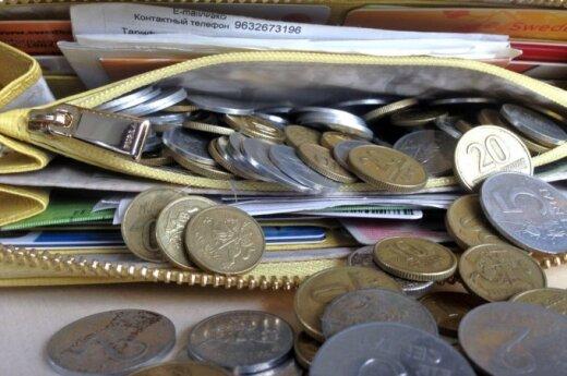 Valdantieji sutarė didinti minimalią algą