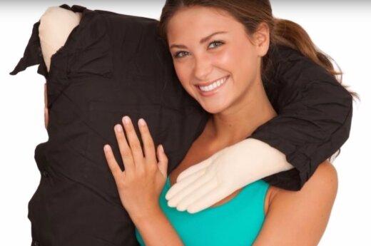 Vaikino rankos formos pagalvė