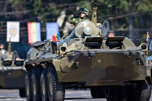 NATO Warsaw summit will include decision on Baltic garrisons, says NATO general