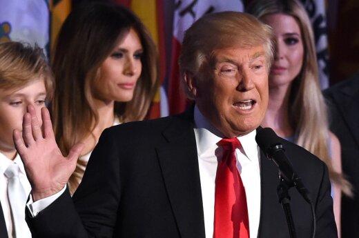 Washington Post рассказала о страхе спецслужб США докладывать секретную информацию Трампу