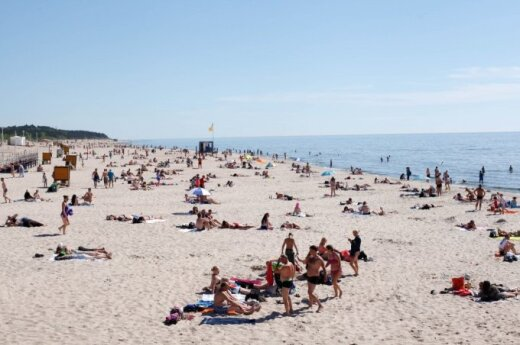 Holidaymakers at Lithuanian coast resort injured amidst strong winds