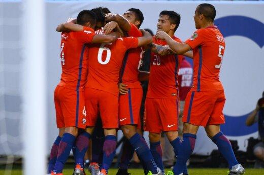 Сборная Чили второй год подряд пробилась в финал Кубка Америки