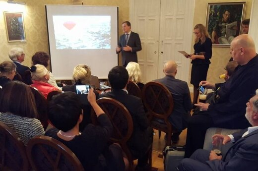 Lithuania presented at tourism event in Stockholm