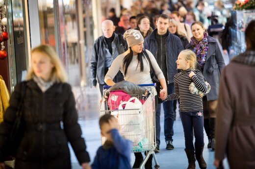 Household consumption prevented a potential recession