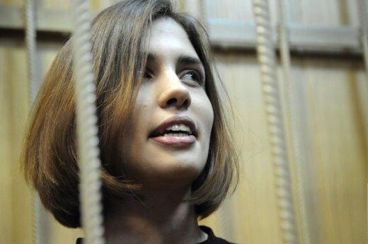 Толоконникова пообещала возобновить голодовку